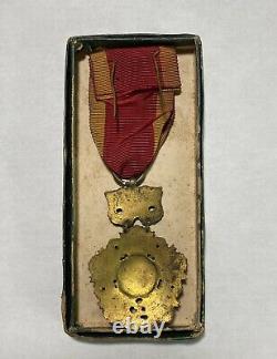 ARVN South Vietnam National Order 5th class Bo Quc Huân Chng Medal