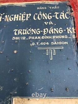 OLD-BOX WithDUI CREST-XI-NGHIER CONG TAC- VIETNAM PANG -SOUTH VIETNAMESE ARMY