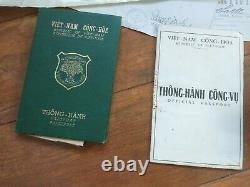 Drapeau Du Sud-vietnam Qui Flotte Au Consulat Des États-unis À La Chute De Saigon
