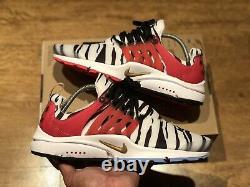 Nike Air Presto Corée Du Sud Formateurs Taille L Uk10-12 Eur45-47.5 Cj1229 100 Nouveau